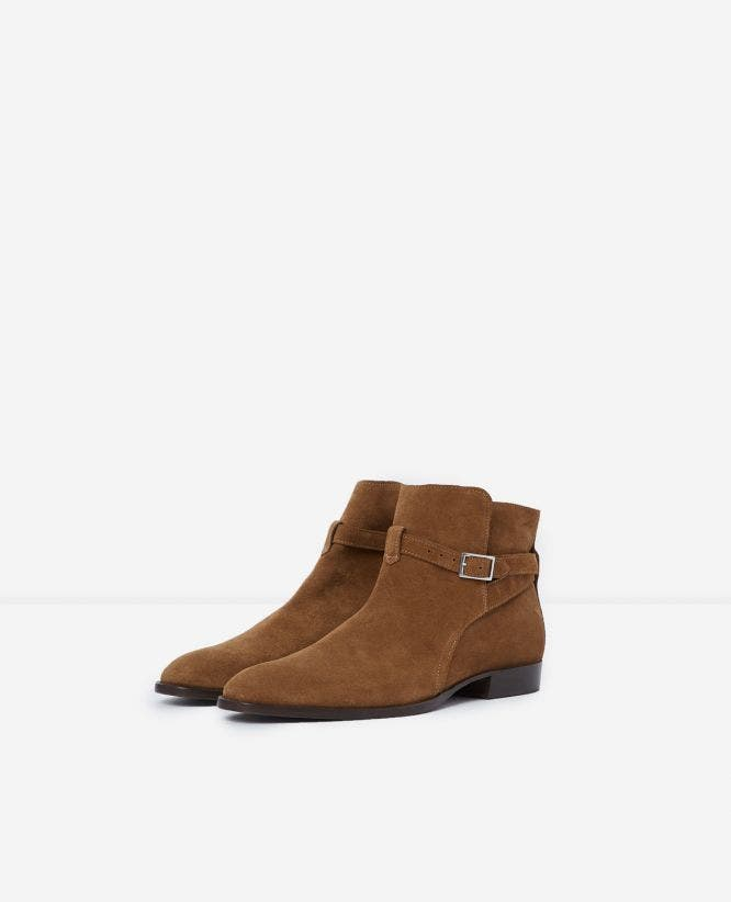 Camel suede chelsea boots with buckle