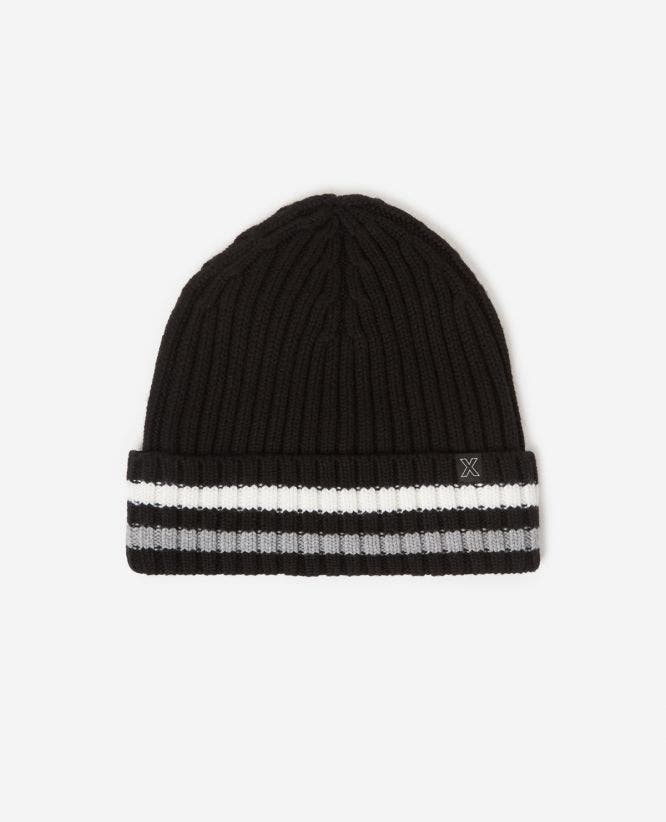 Chunky cable knit wool black beanie