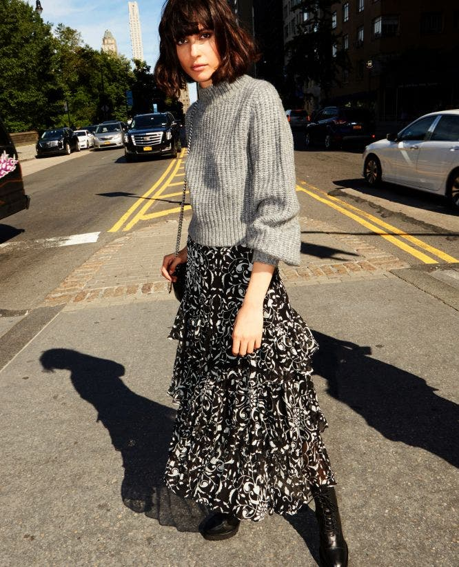 Long skirt with print and ruffles
