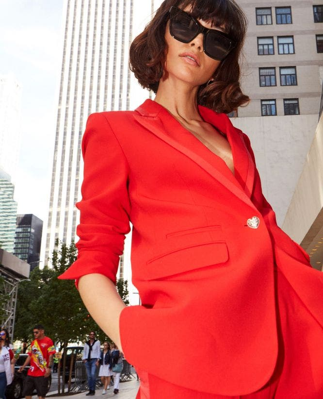 Fitted crepe red suit jacket