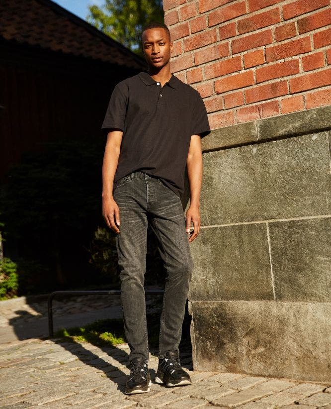 Slim-fit faded black jeans