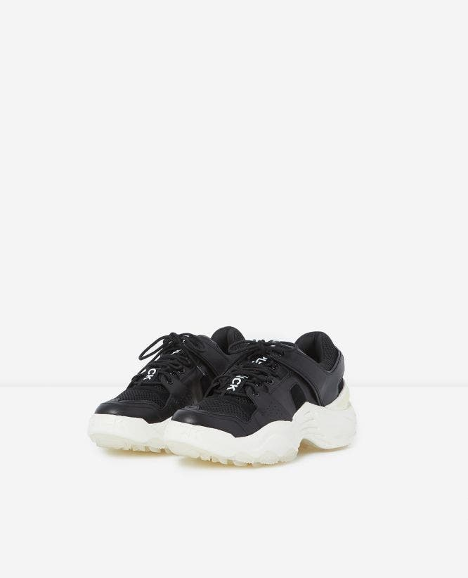BLACK CHUNKY TRAINERS SLICK