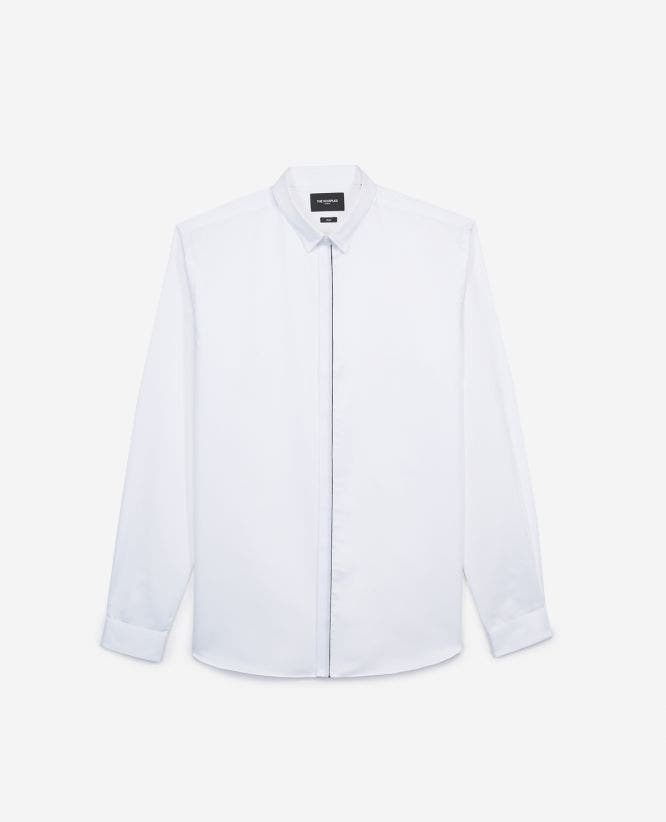 Slim white shirt with classic collar, piping