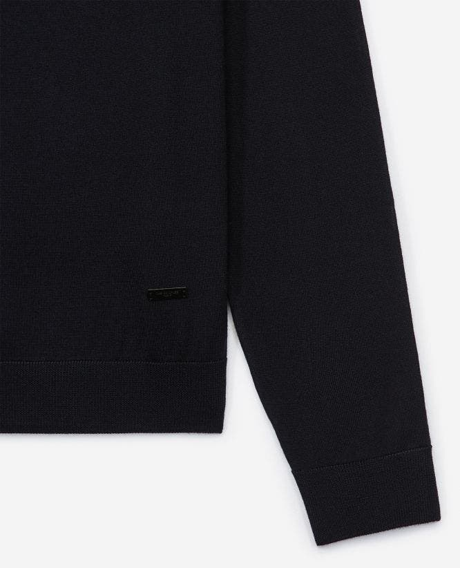 Slim blue wool sweater with crew neck