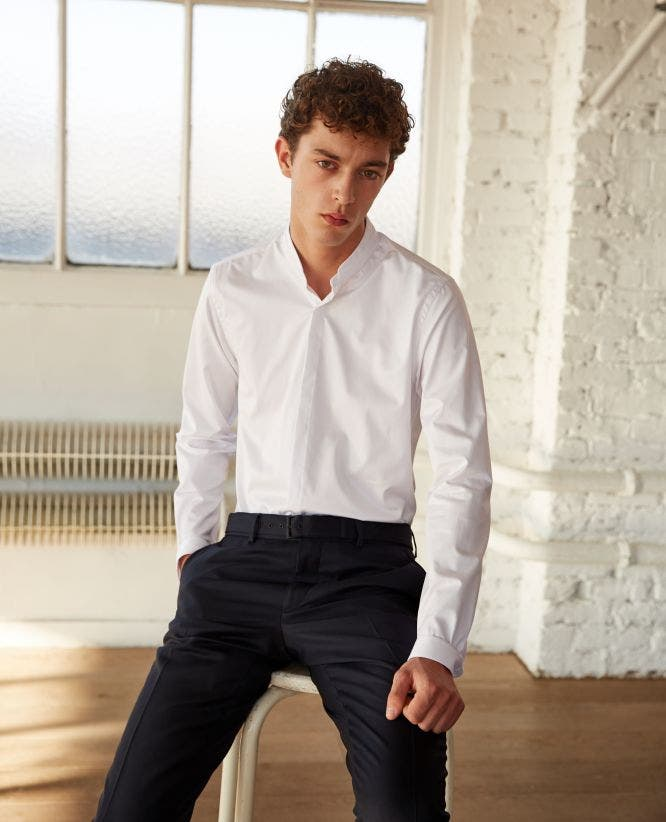 Plain cotton twill shirt with a stand-up collar