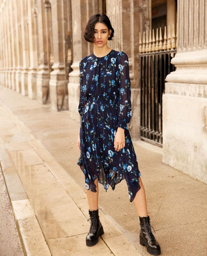 Long printed dress with mid-length sleeves
