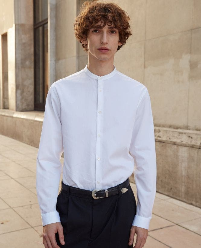 Collarless white shirt with pearly buttons