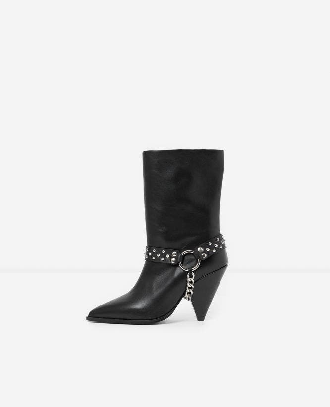 Black heeled boots with removable chain