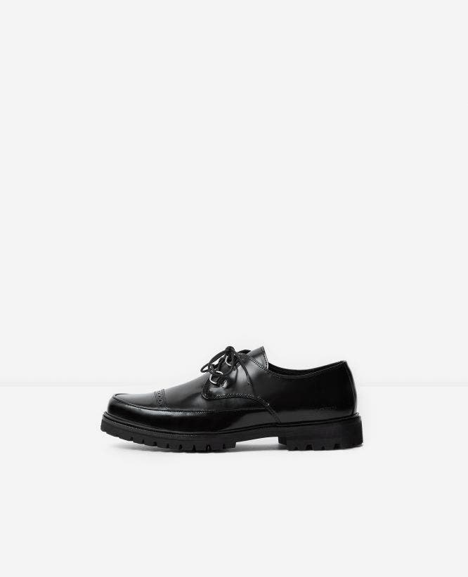 Patent black leather derbies with logo