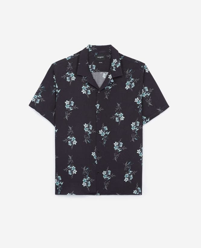 Printed blue shirt with short sleeves